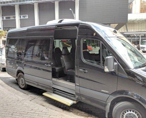 King Shuttle Bus